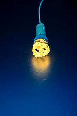 Leuchtmittel - p1228m1044277 von Benjamin Harte