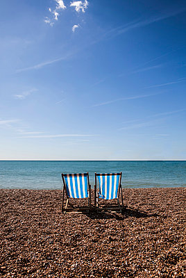 Brighton - p253m855163 by Oscar