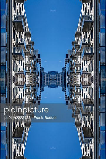 Abstract architectural kaleidoscope Boston - p401m2222133 by Frank Baquet