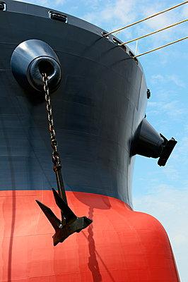 Anchor at the bow - p1099m882887 by Sabine Vielmo