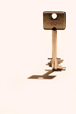 Safeschlüssel - p647m1441601 von Tine Butter