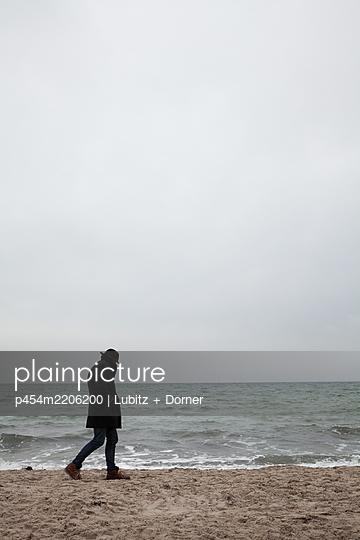 Incognito - p454m2206200 by Lubitz + Dorner