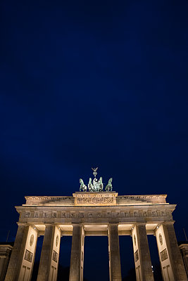 Brandenburg Gate - p1038m1514992 by BlueHouseProject
