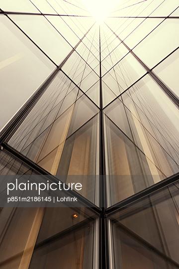 High-rise facade - p851m2186145 by Lohfink