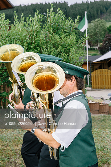 Germany, North-Rine-Westphalia, Bad Laasphe, Brass band - p1085m2260241 by David Carreno Hansen