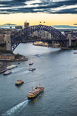 View over Sydney harbour after sunset, Sydney, New South Wales, Australia, Pacific - p871m1448425 by Michael Runkel