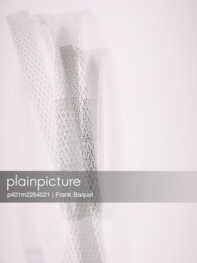 Plastic straps - p401m2264021 by Frank Baquet