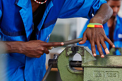 Praktikum in einer Werkstatt - p913m1492424 von LPF