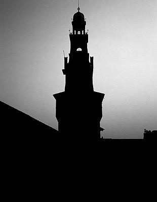 Shadows - p1403m2271414 by Molteni&Motta