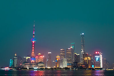 Pudong at night - p795m1161286 by JanJasperKlein