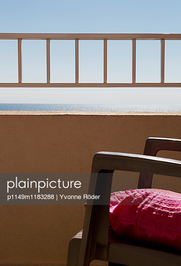 Aussicht auf das Meer - p1149m1183288 von Yvonne Röder