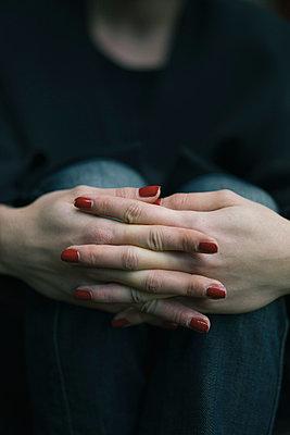 Manicure - p586m957876 by Kniel Synnatzschke