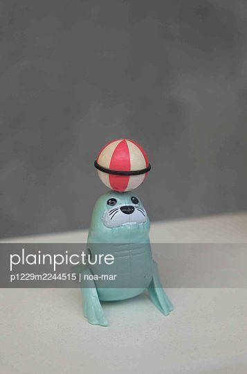 Toy seal - p1229m2244515 by noa-mar