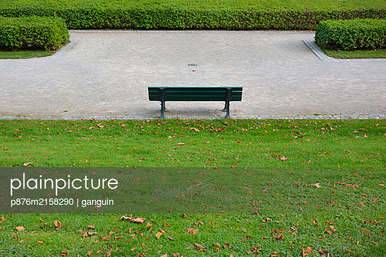 park bench - p876m2158290 by ganguin