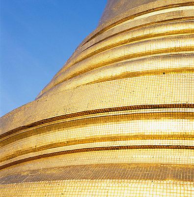Golden stupa - p7280053 by Peter Nitsch