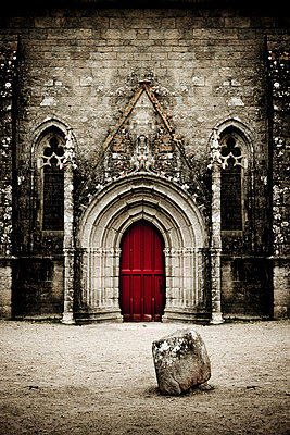 Red church door - p248m859376 by BY
