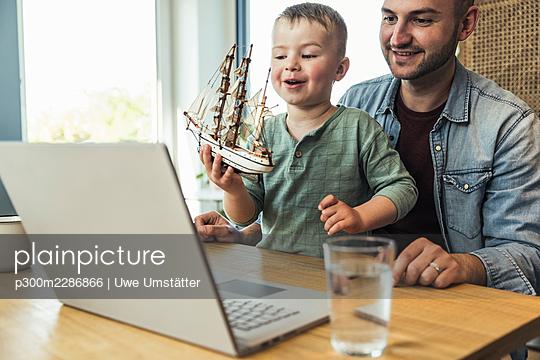 deutschland,mannheim,lifestyle,people,family,zuhause - p300m2286866 von Uwe Umstätter