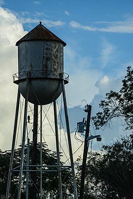 Water tower - p807m857006 by Ulrich H.M. Wolf