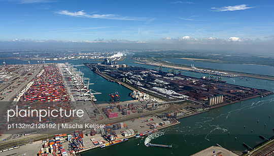 Container harbour Rotterdam, aerial view - p1132m2126192 by Mischa Keijser