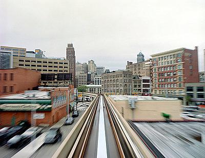 Optischer Reiz der Circle Line - p4140163 von Volker Renner
