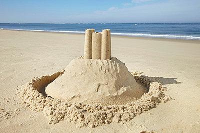 Sand castle - p4642150 by Elektrons 08
