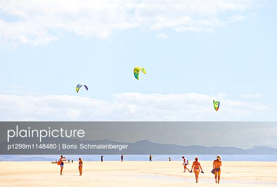 Strandleben - p1299m1148480 von Boris Schmalenberger