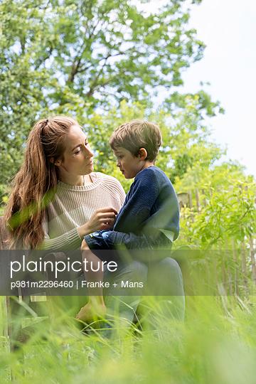 p981m2296460 by Franke + Mans