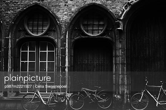 Bruges 02 - p987m2221927 by Célia Swaenepoel
