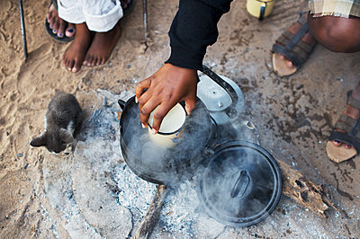 Africa, Namibia, Cooking area - p1167m2272273 by Maria Schiffer
