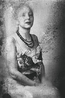 Portrait of a woman - p1543m2262411 by Sophia Snadli