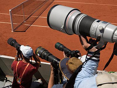 Professional photographers at French Open - p1216m2229651 von Céleste Manet