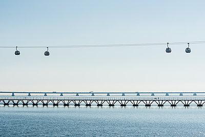 Brücke - p488m1451375 von Bias