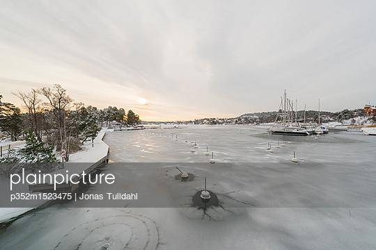 p352m1523475 von Jonas Tulldahl