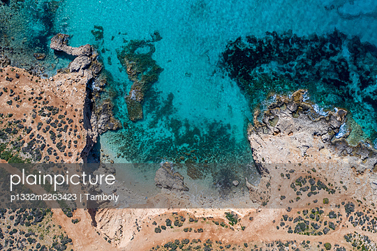 Aerial view, Blue lagoon in Comino - p1332m2263423 by Tamboly
