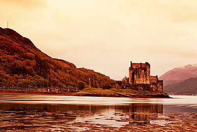 Eilean Donan Castle;  Schottland - p3300256 von Harald Braun
