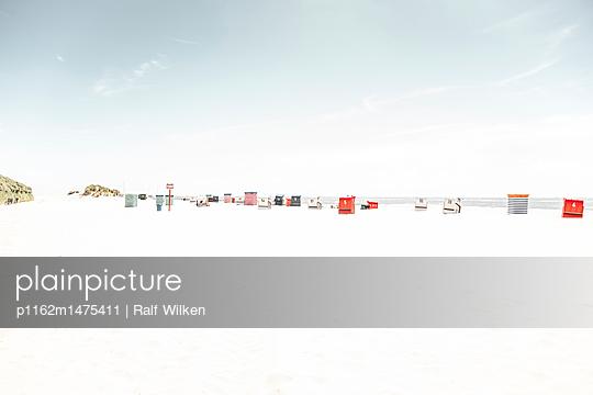 p1162m1475411 by Ralf Wilken