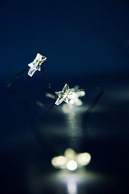 Fairy lights - p879m1526135 by nico