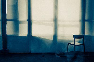 Light effect - p1245m1043438 by Catherine Minala