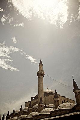 Minarett, Mevlana Mausoleum, Konya, Kappadokien, Türkei - p586m1010501 von Kniel Synnatzschke
