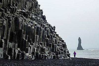 Basalt columns at the beach, Vik i Myrdal, Iceland, Polar Regions - p871m1013108 by Yadid Levy