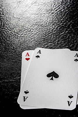 Playing cards - p403m764016 by Helge Sauber