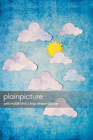 Wetterbericht aus Papier - p451m2081910 von Anja Weber-Decker