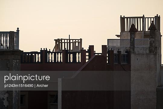 Über den Dächern - p1243m1516490 von Archer