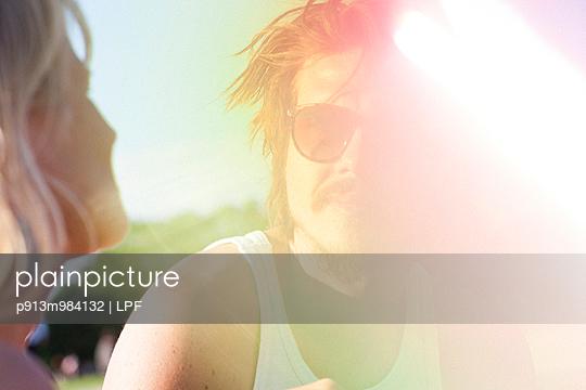 Mann mit Schnurrbart - p913m984132 von LPF