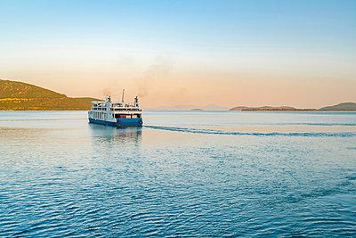 Ferry leaving harbour, Igoumenítsa, Thesprotia, Greece - p429m2075309 by Tamboly