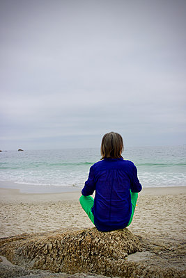South Africa, Woman on the beach - p1640m2245797 by Holly & John