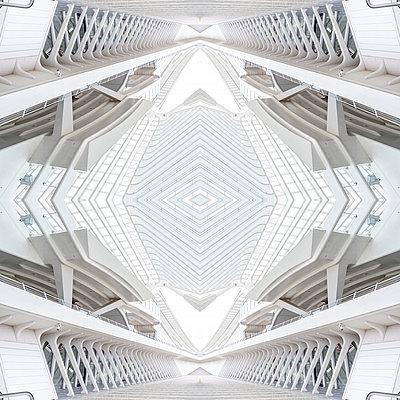 Abstract kaleidoscope pattern Liège-Guillemins station in Liège - p401m2209313 by Frank Baquet