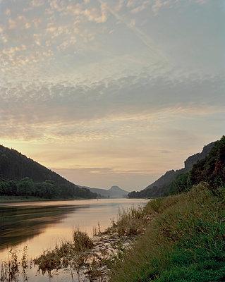 Elbe zwischen Schmilka und Bad Schandau - p1012m929222 von Frank Krems