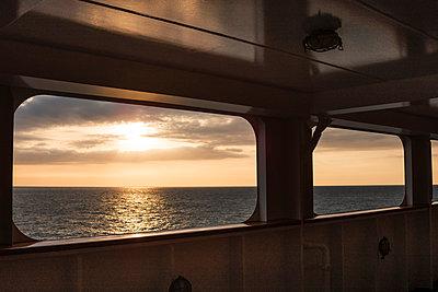 MS Deutschland - Traumschiff - p1202m1162116 von Jörg Schwalfenberg