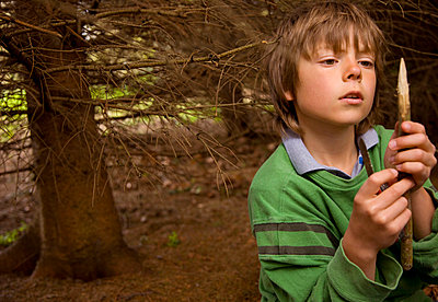 Boy at campsite - p6690913 by Jutta Klee photography
